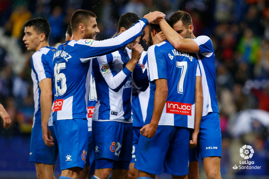 Examples. Round 11. Espanyol beat and beat another place - Figure 1