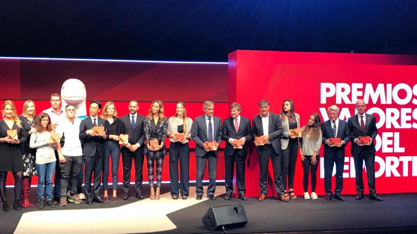 LaLiga Genuine Santander recibe el  'Premio Valores al Acontecimiento Deportivo' otorgado Diario SPORT