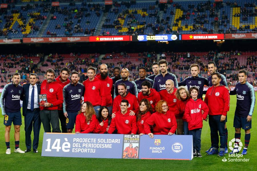 صور مباراة : برشلونة - فياريال 2-0 ( 02-12-2018 )  W_900x700_02180641_b3z1542