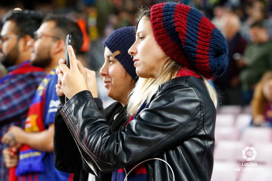 صور مباراة : برشلونة - فياريال 2-0 ( 02-12-2018 )  W_900x700_02181355_b3z1552