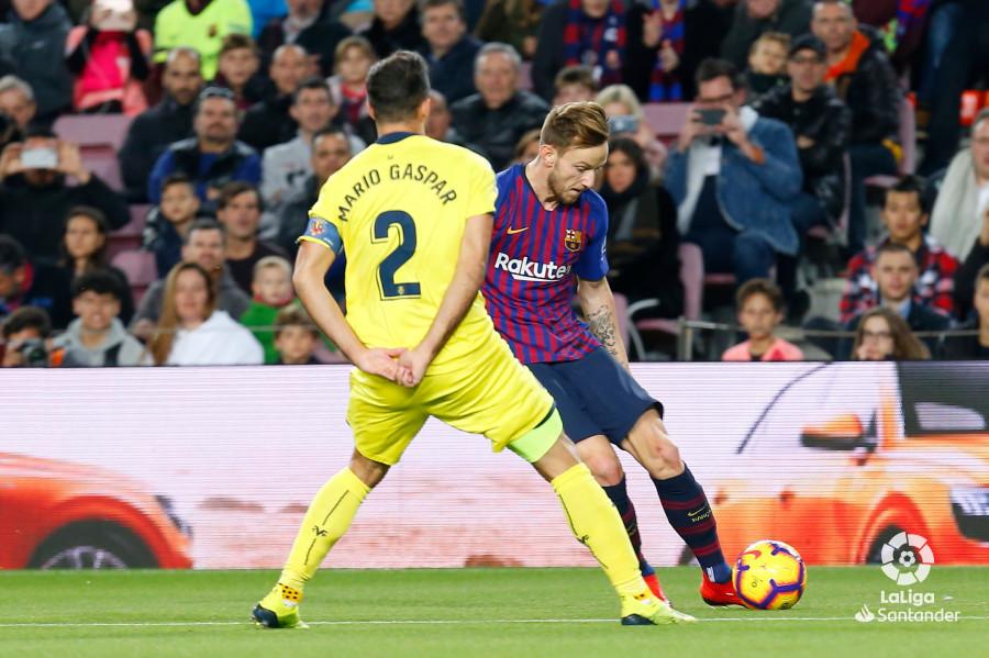 صور مباراة : برشلونة - فياريال 2-0 ( 02-12-2018 )  W_900x700_02183917img_1561