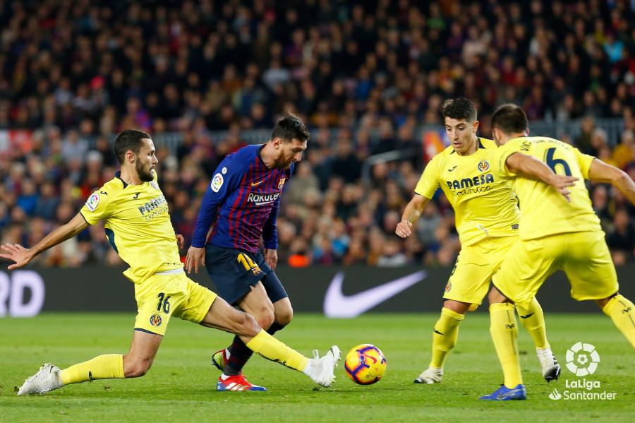 صور مباراة : برشلونة - فياريال 2-0 ( 02-12-2018 )  W_900x700_02190656img_1712