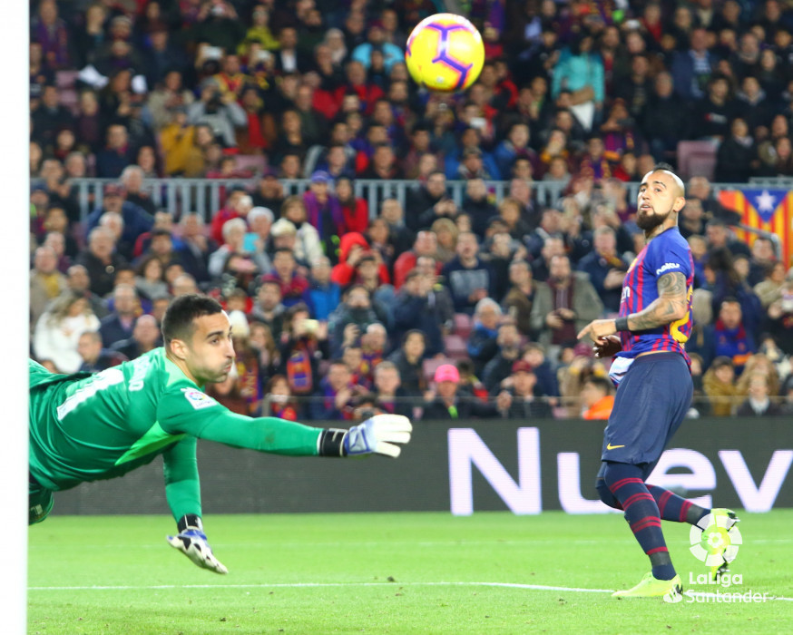 صور مباراة : برشلونة - فياريال 2-0 ( 02-12-2018 )  W_900x700_02193828hq3a3579