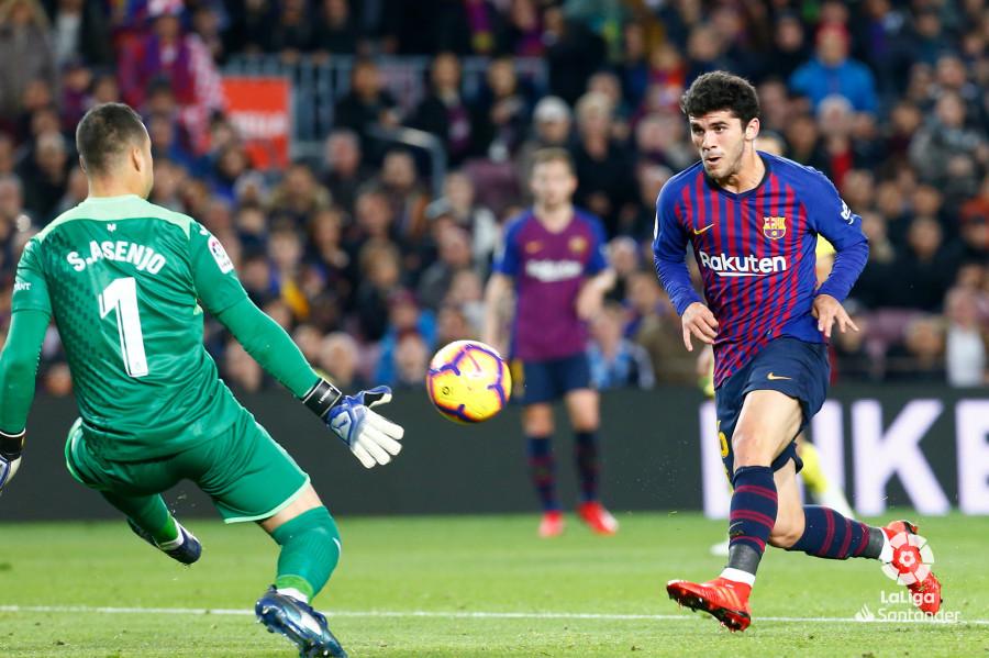 صور مباراة : برشلونة - فياريال 2-0 ( 02-12-2018 )  W_900x700_02201533img_3675