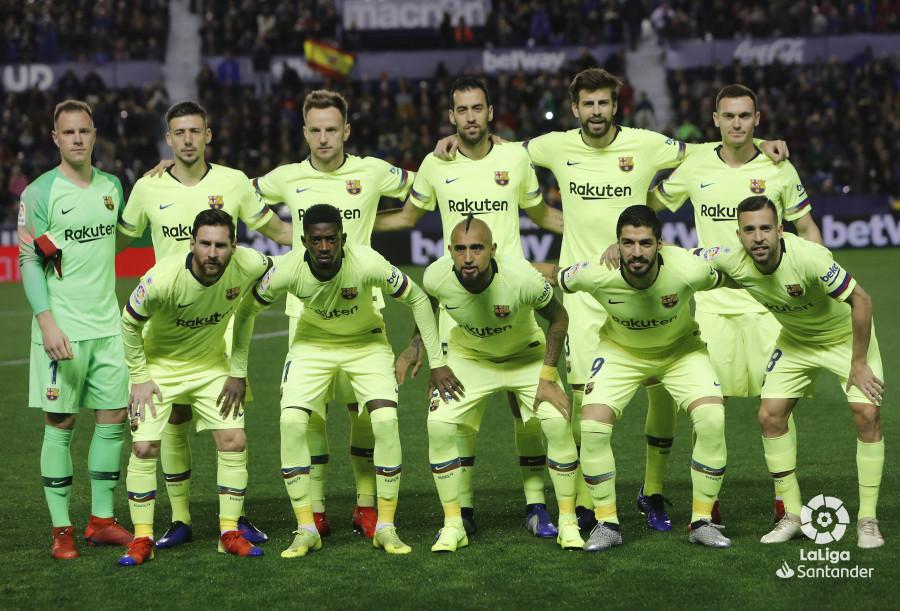 صور مباراة : ليفانتي - برشلونة 0-5 ( 16-12-2018 )  W_900x700_16205510levante-bar-a12