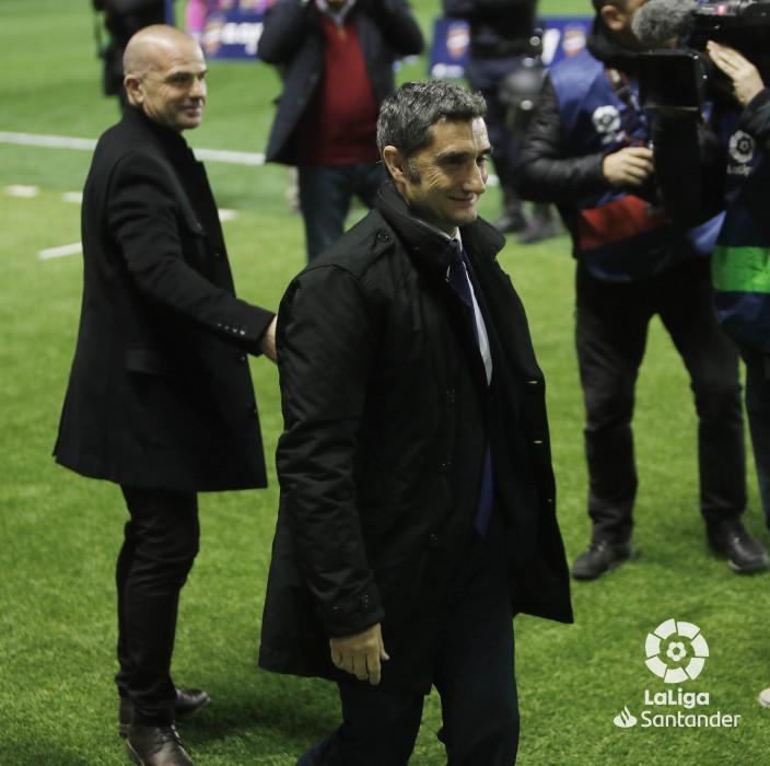 صور مباراة : ليفانتي - برشلونة 0-5 ( 16-12-2018 )  W_900x700_16205514levante-bar-a13