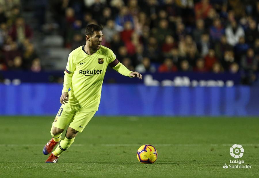 صور مباراة : ليفانتي - برشلونة 0-5 ( 16-12-2018 )  W_900x700_16211517_ap_3173