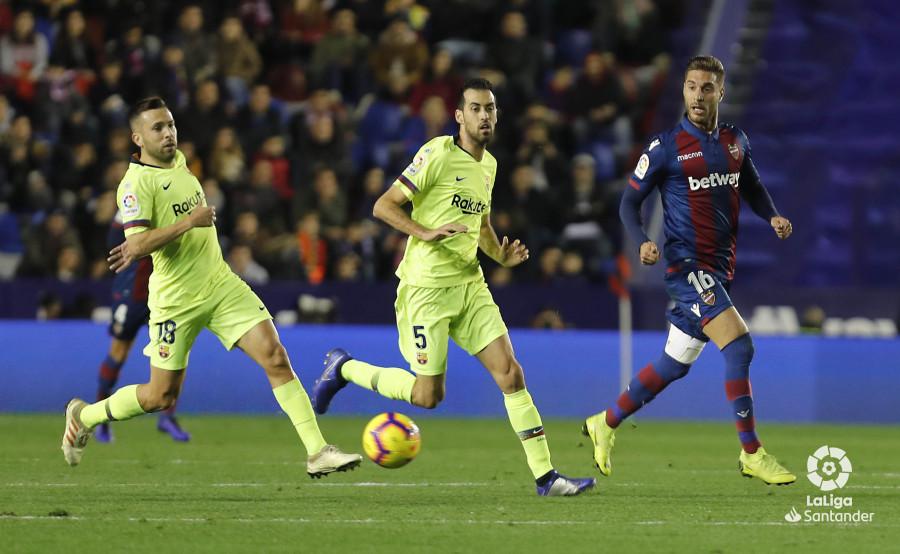 صور مباراة : ليفانتي - برشلونة 0-5 ( 16-12-2018 )  W_900x700_16211723levante-bar-a21