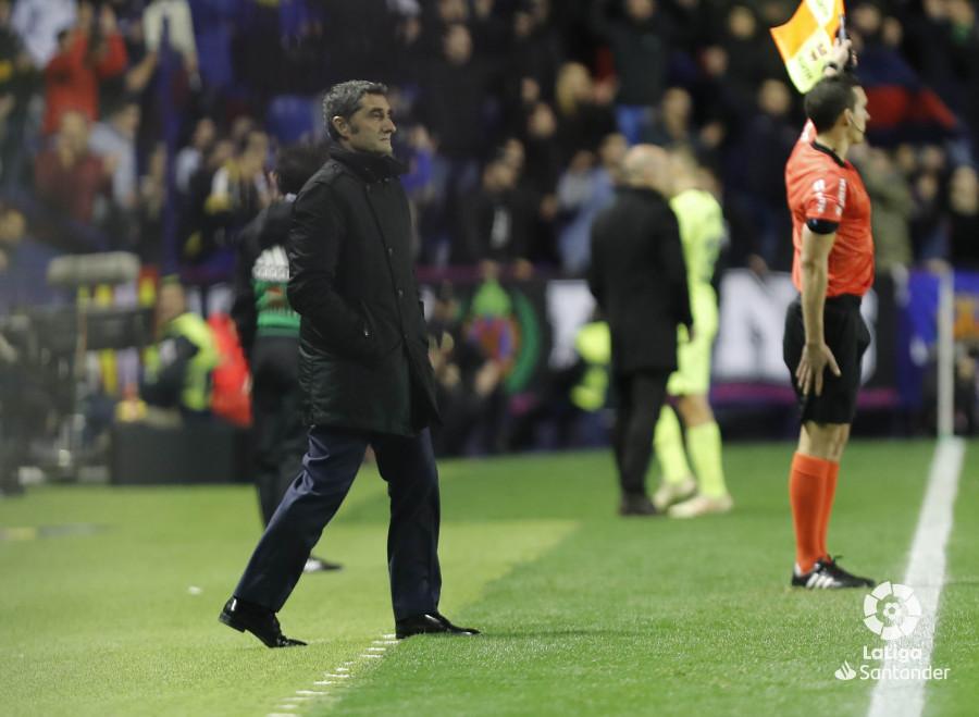 صور مباراة : ليفانتي - برشلونة 0-5 ( 16-12-2018 )  W_900x700_16211724levante-bar-a22