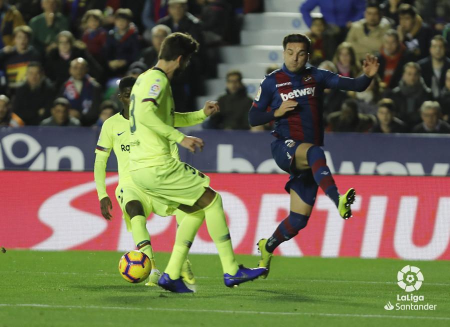 صور مباراة : ليفانتي - برشلونة 0-5 ( 16-12-2018 )  W_900x700_16211726levante-bar-a23