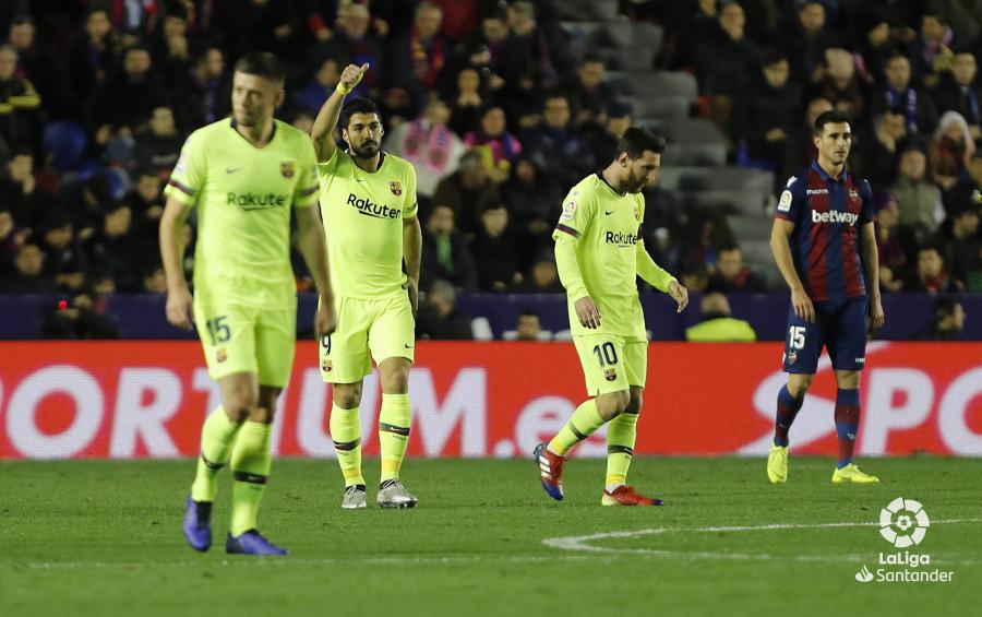 صور مباراة : ليفانتي - برشلونة 0-5 ( 16-12-2018 )  W_900x700_16212418levante-bar-a26