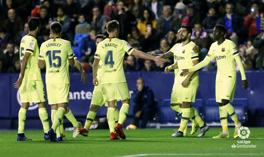 صور مباراة : ليفانتي - برشلونة 0-5 ( 16-12-2018 )  W_900x700_16212934_ap_3373