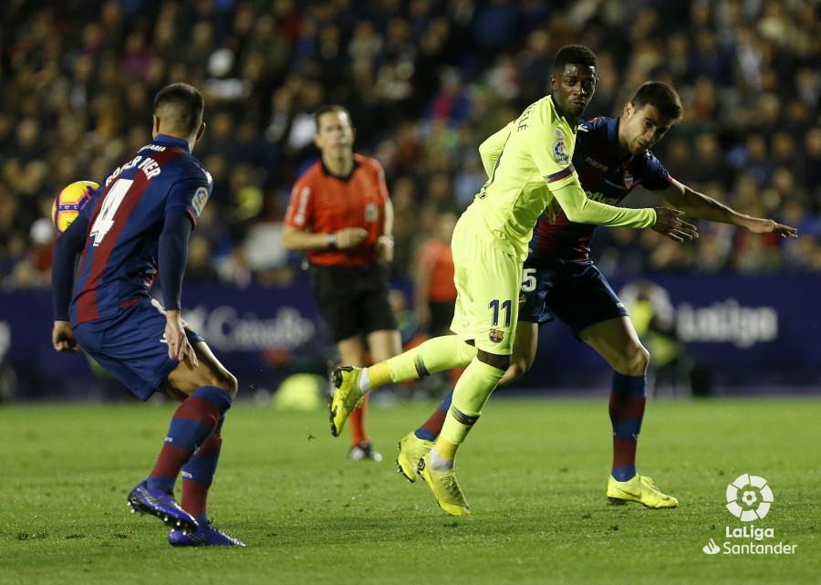 صور مباراة : ليفانتي - برشلونة 0-5 ( 16-12-2018 )  W_900x700_16213009_ap_3202
