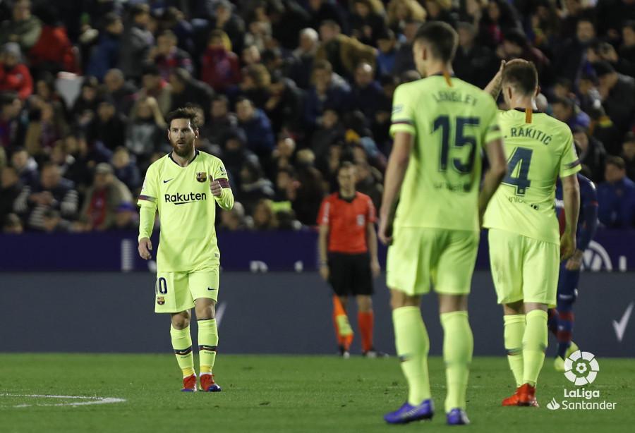 صور مباراة : ليفانتي - برشلونة 0-5 ( 16-12-2018 )  W_900x700_16213301levante-bar-a29