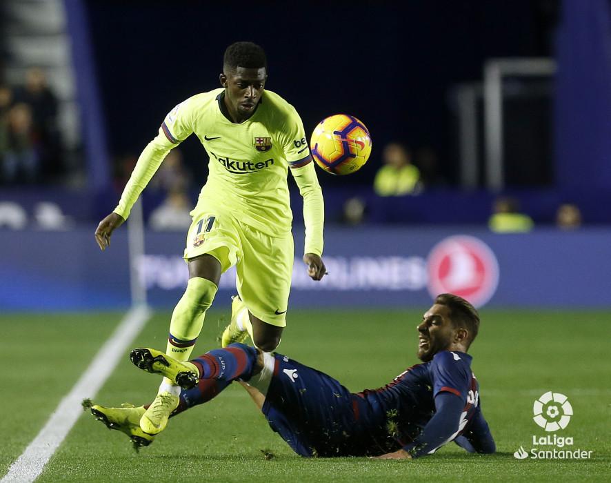 صور مباراة : ليفانتي - برشلونة 0-5 ( 16-12-2018 )  W_900x700_16213658_ap_3399