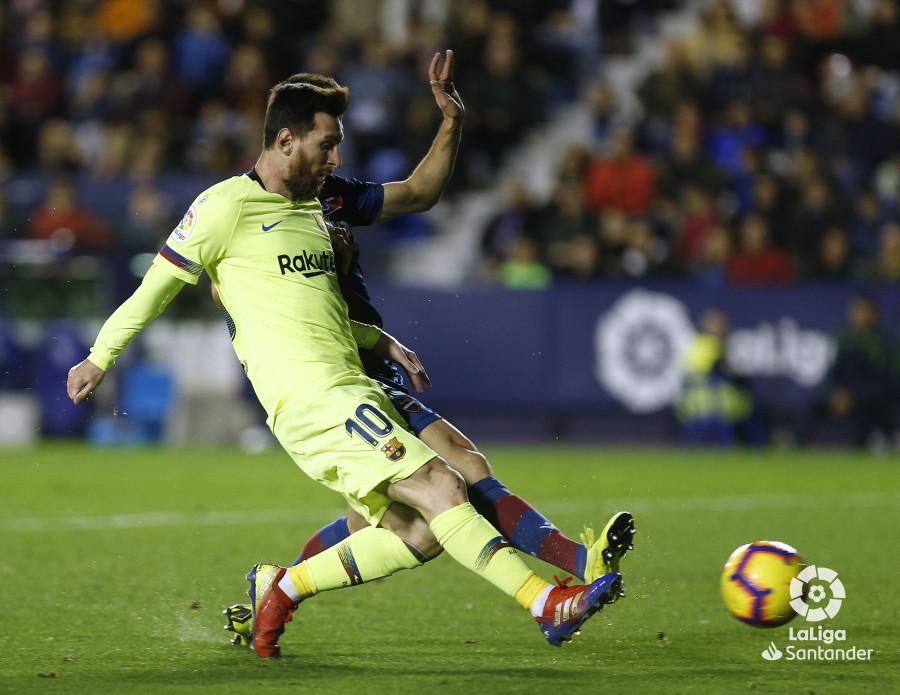 صور مباراة : ليفانتي - برشلونة 0-5 ( 16-12-2018 )  W_900x700_16213702_ap_3422