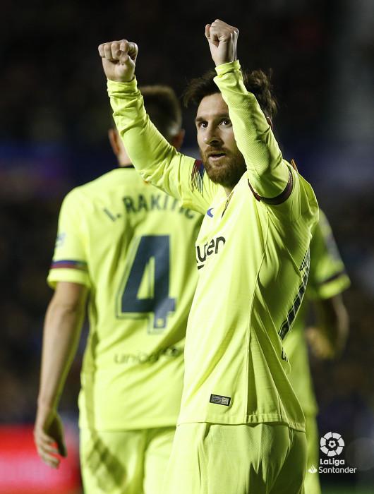 صور مباراة : ليفانتي - برشلونة 0-5 ( 16-12-2018 )  W_900x700_16214326_ap_3517