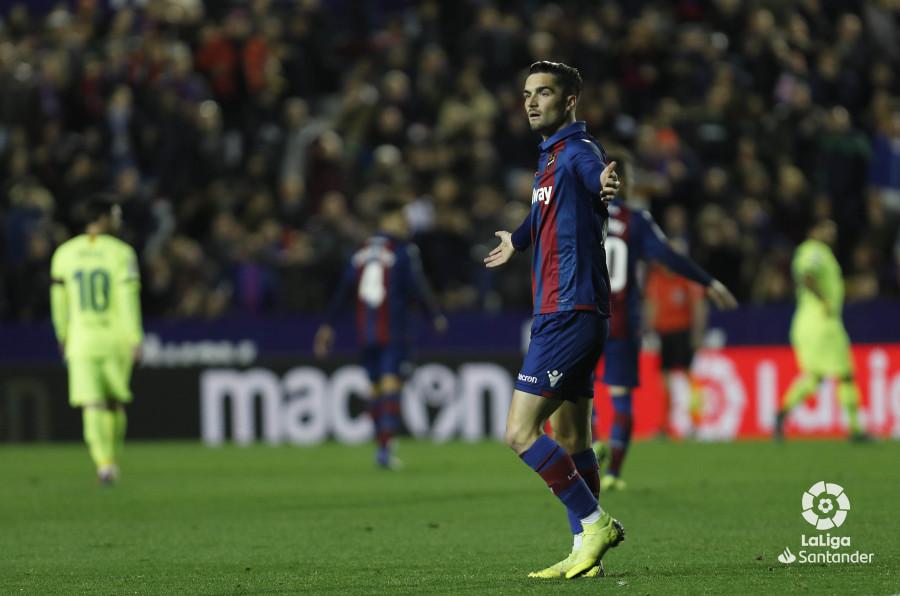 صور مباراة : ليفانتي - برشلونة 0-5 ( 16-12-2018 )  W_900x700_16214637levante-bar-a36