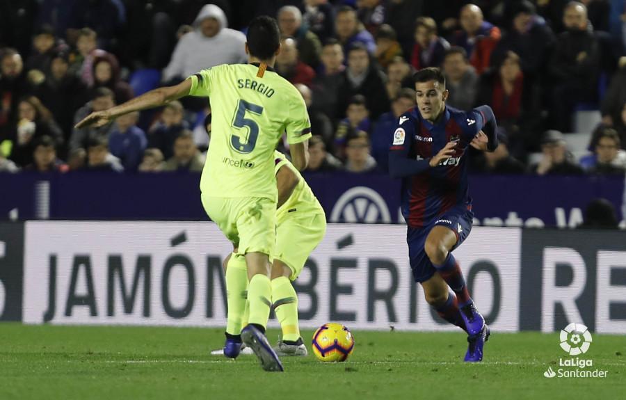 صور مباراة : ليفانتي - برشلونة 0-5 ( 16-12-2018 )  W_900x700_16214641levante-bar-a38