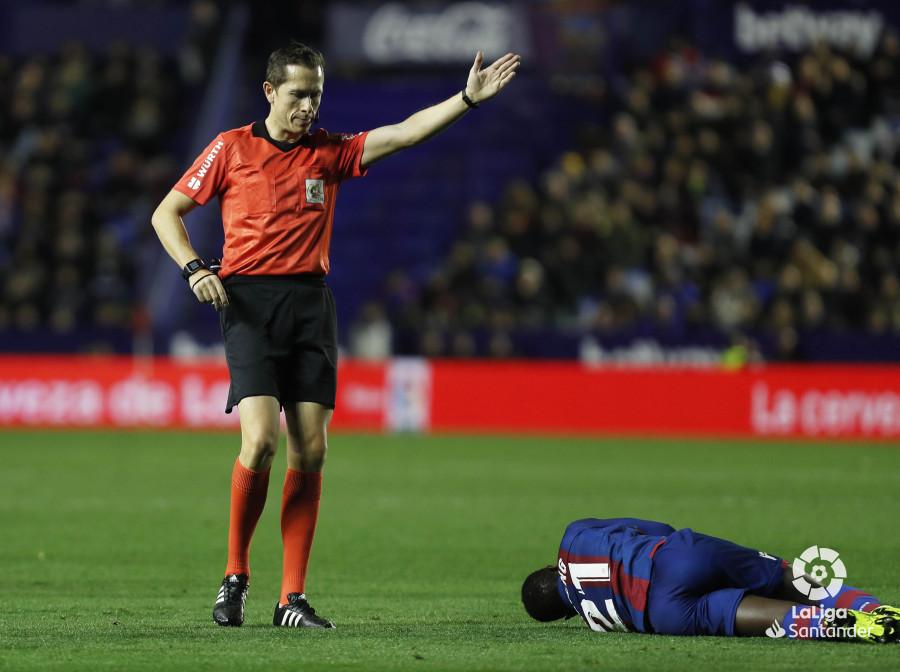صور مباراة : ليفانتي - برشلونة 0-5 ( 16-12-2018 )  W_900x700_16214649levante-bar-a42
