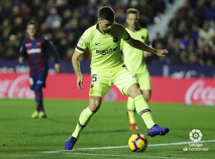 صور مباراة : ليفانتي - برشلونة 0-5 ( 16-12-2018 )  W_900x700_16214653levante-bar-a44