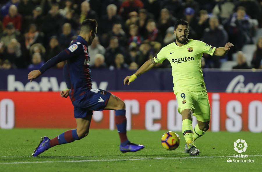 صور مباراة : ليفانتي - برشلونة 0-5 ( 16-12-2018 )  W_900x700_16221327levante-bar-a52