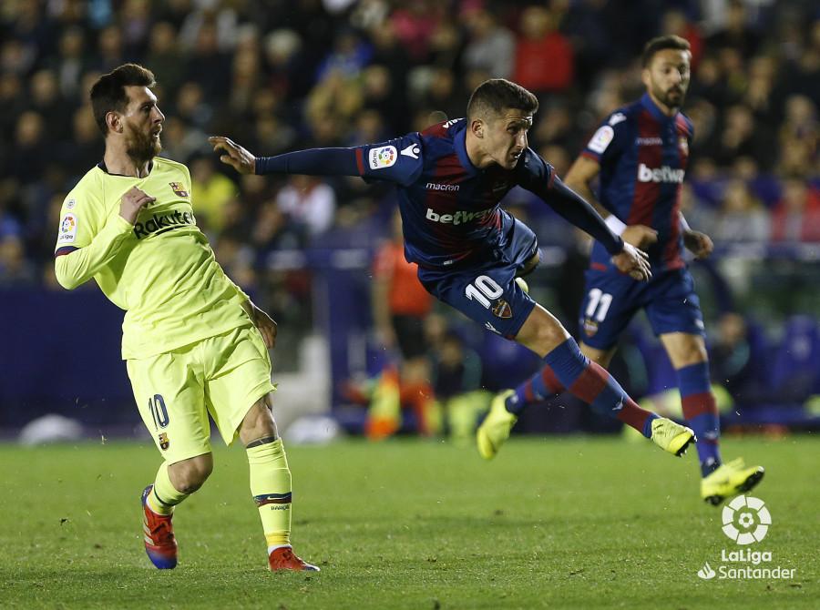 صور مباراة : ليفانتي - برشلونة 0-5 ( 16-12-2018 )  W_900x700_16222113_ap_3720