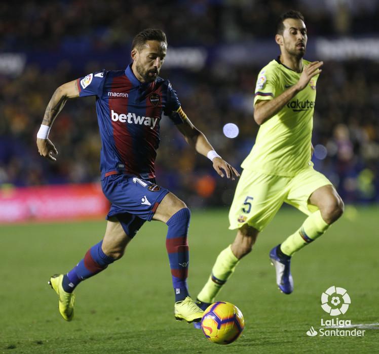 صور مباراة : ليفانتي - برشلونة 0-5 ( 16-12-2018 )  W_900x700_16223034_ap_3772