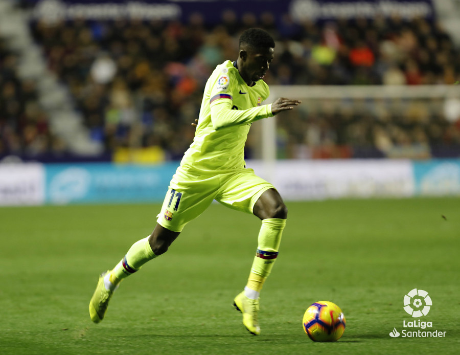 صور مباراة : ليفانتي - برشلونة 0-5 ( 16-12-2018 )  W_900x700_16223156levante-bar-a62
