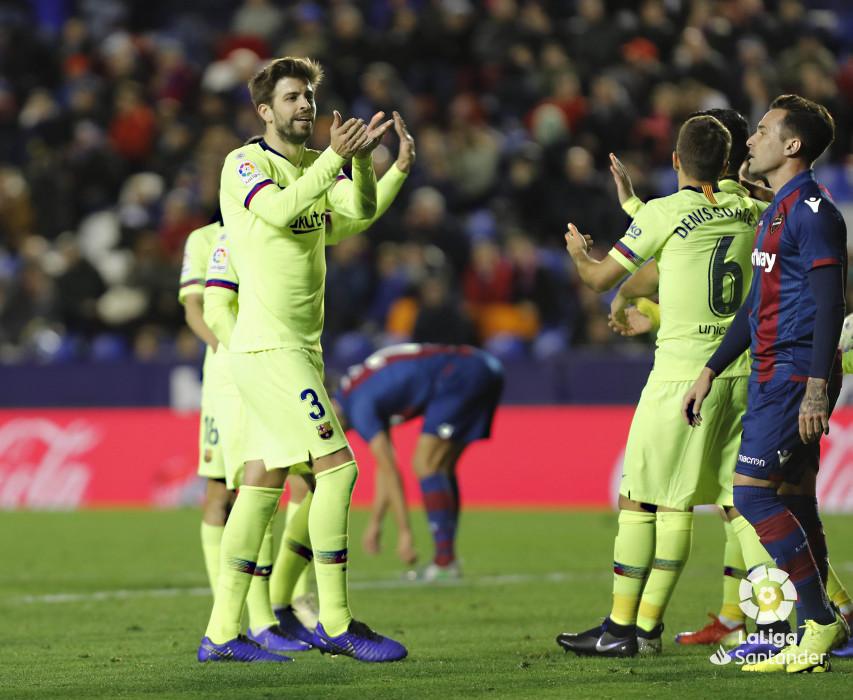صور مباراة : ليفانتي - برشلونة 0-5 ( 16-12-2018 )  W_900x700_16223728levante-bar-a66