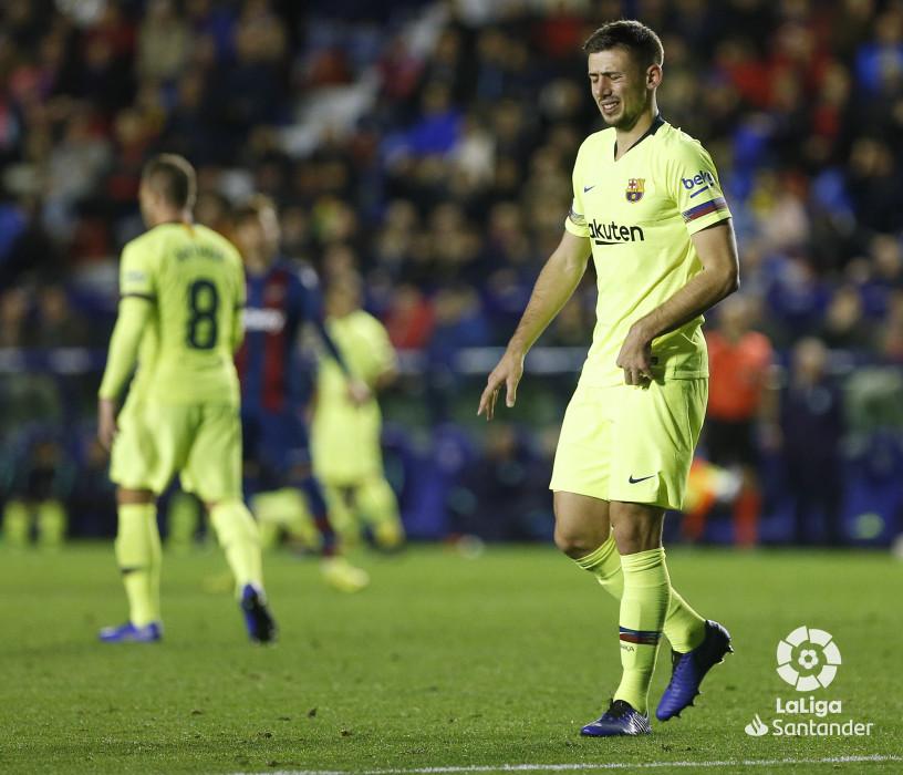 صور مباراة : ليفانتي - برشلونة 0-5 ( 16-12-2018 )  W_900x700_16223925_ap_3823