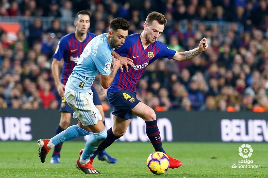 صور مباراة : برشلونة - سيلتا فيغو 2-0 ( 22-12-2018 )  W_900x700_22192006img_7933