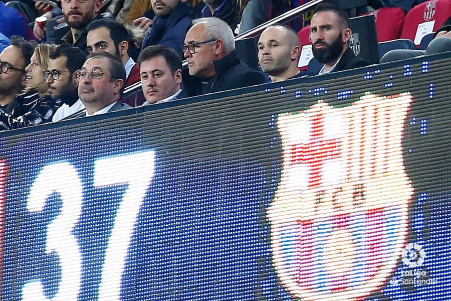 صور مباراة : برشلونة - سيلتا فيغو 2-0 ( 22-12-2018 )  W_900x700_22193037img_7875