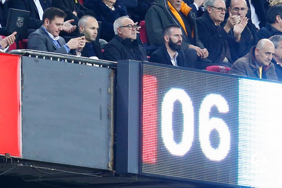 صور مباراة : برشلونة - سيلتا فيغو 2-0 ( 22-12-2018 )  W_900x700_22194526img_8018