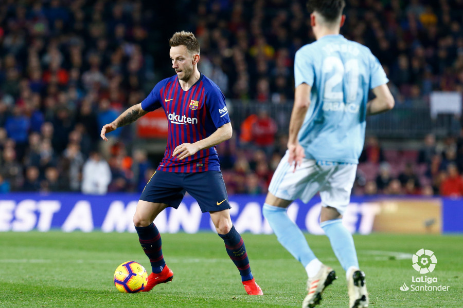 صور مباراة : برشلونة - سيلتا فيغو 2-0 ( 22-12-2018 )  W_900x700_22194700img_8030