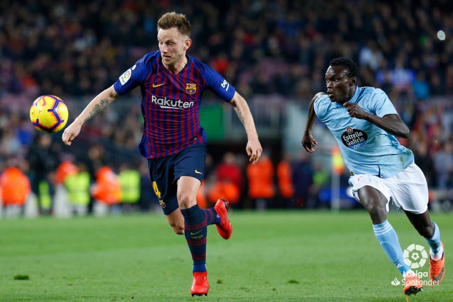 صور مباراة : برشلونة - سيلتا فيغو 2-0 ( 22-12-2018 )  W_900x700_22201905img_8200