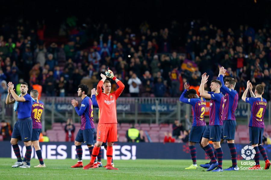 صور مباراة : برشلونة - سيلتا فيغو 2-0 ( 22-12-2018 )  W_900x700_22202708img_8273
