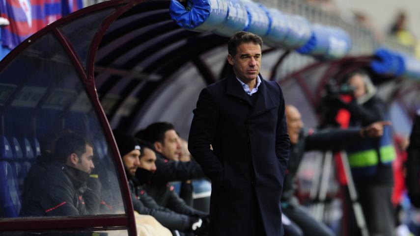 Luís García Plaza deja de ser entrenador del Villarreal CF