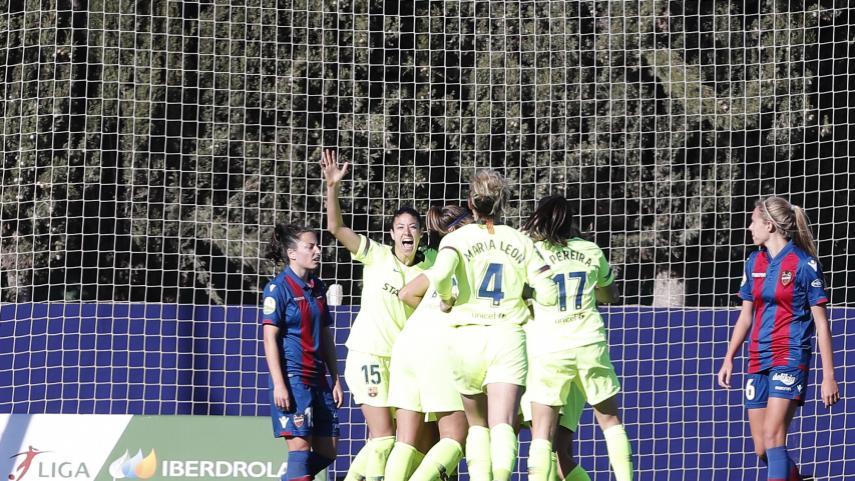 Vital triunfo del Barcelona ante el Levante