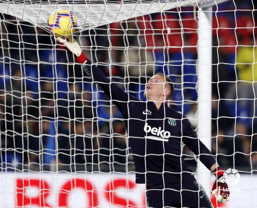 صور مباراة : خيتافي - برشلونة 1-2 ( 06-01-2019 ) W_900x700_06204118190106_javiergandul_055