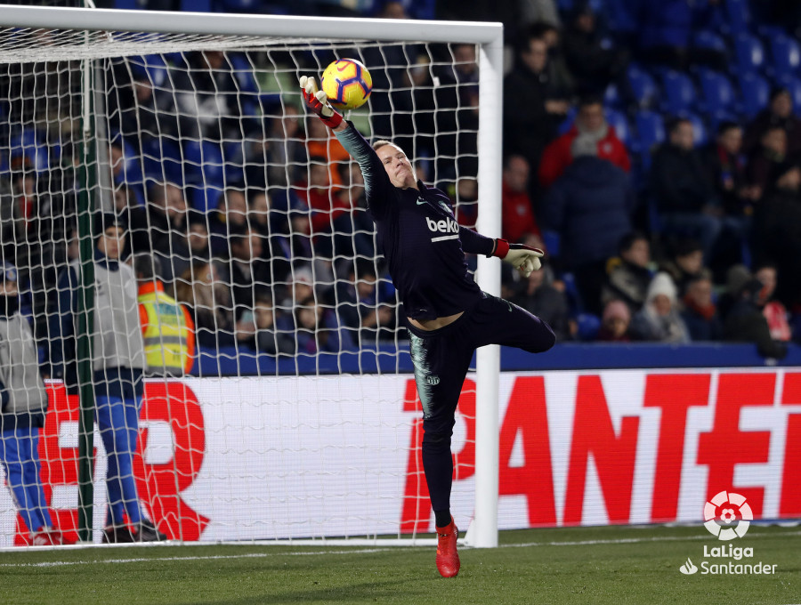صور مباراة : خيتافي - برشلونة 1-2 ( 06-01-2019 ) W_900x700_06204211190106_javiergandul_058