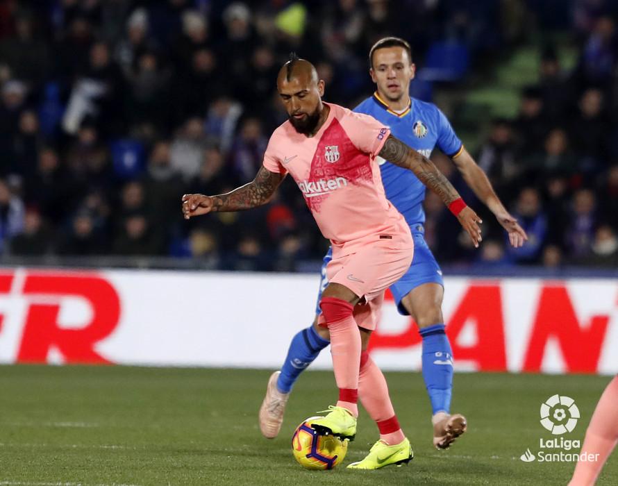 صور مباراة : خيتافي - برشلونة 1-2 ( 06-01-2019 ) W_900x700_06205539190106_javiergandul_070