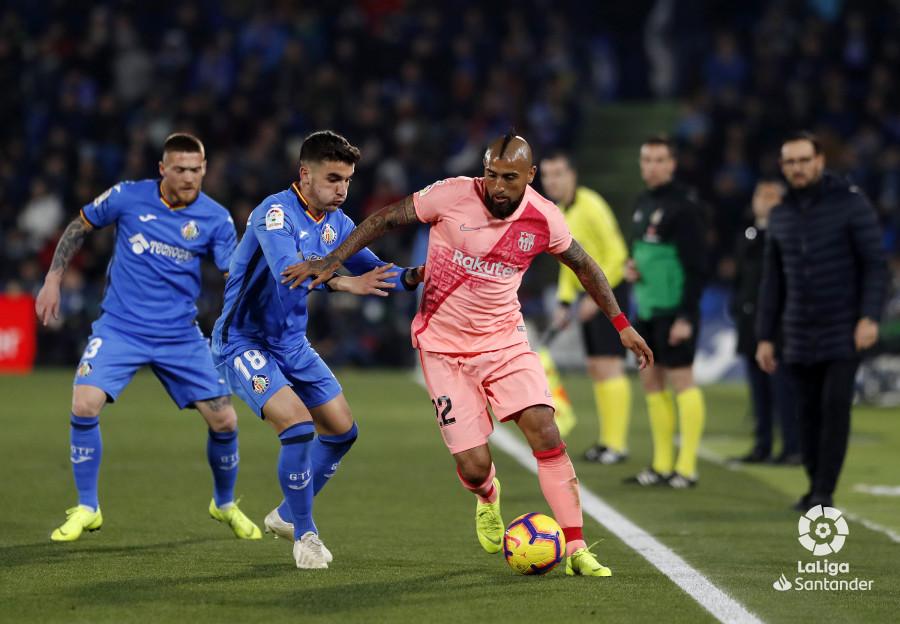 صور مباراة : خيتافي - برشلونة 1-2 ( 06-01-2019 ) W_900x700_06210546190106_javiergandul_076