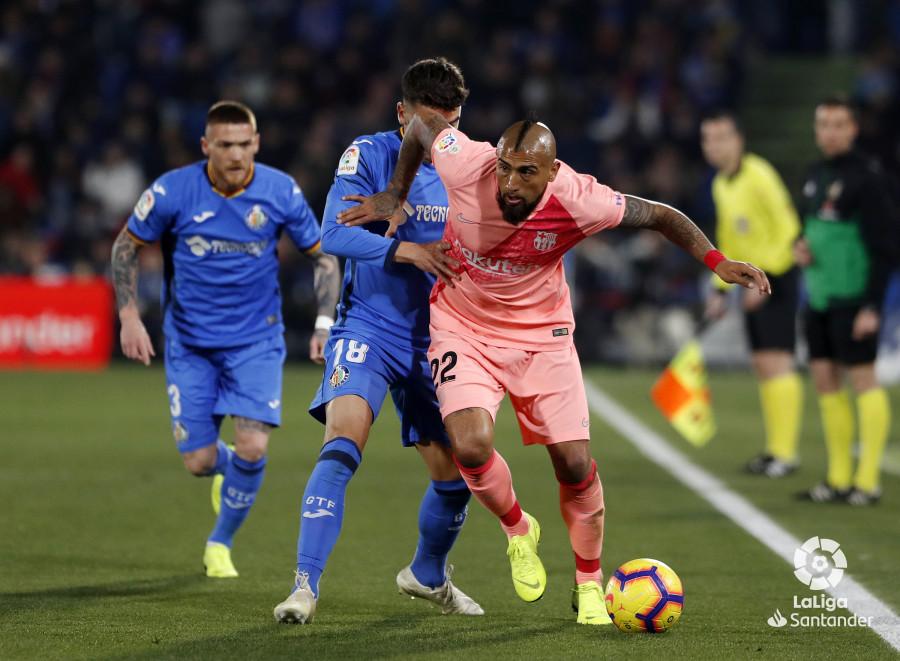 صور مباراة : خيتافي - برشلونة 1-2 ( 06-01-2019 ) W_900x700_06210553190106_javiergandul_077