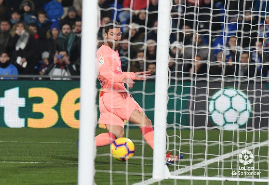 صور مباراة : خيتافي - برشلونة 1-2 ( 06-01-2019 ) W_900x700_06211113dsc_0738