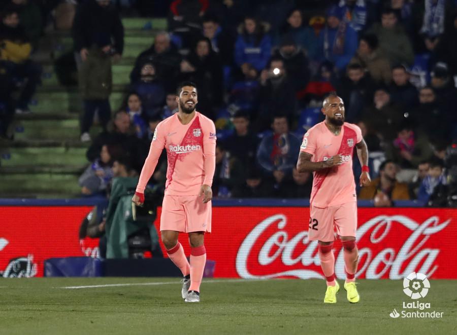 صور مباراة : خيتافي - برشلونة 1-2 ( 06-01-2019 ) W_900x700_06213311190106_javiergandul_111
