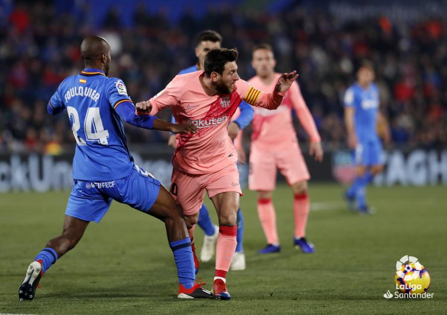 صور مباراة : خيتافي - برشلونة 1-2 ( 06-01-2019 ) W_900x700_06215951190106_javiergandul_141