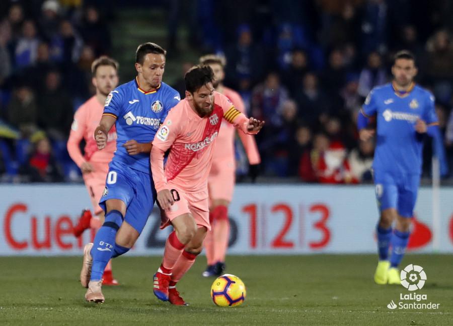 صور مباراة : خيتافي - برشلونة 1-2 ( 06-01-2019 ) W_900x700_06220933190106_javiergandul_144