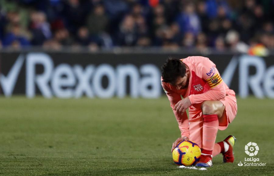صور مباراة : خيتافي - برشلونة 1-2 ( 06-01-2019 ) W_900x700_06220936190106_javiergandul_145