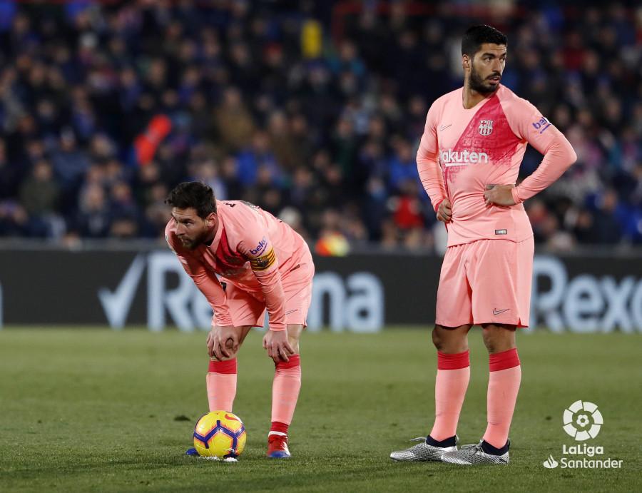 صور مباراة : خيتافي - برشلونة 1-2 ( 06-01-2019 ) W_900x700_06220939190106_javiergandul_146